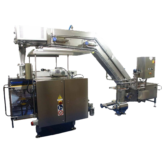 Mozzarelle automatic batch-conveyor to the packing machines.
